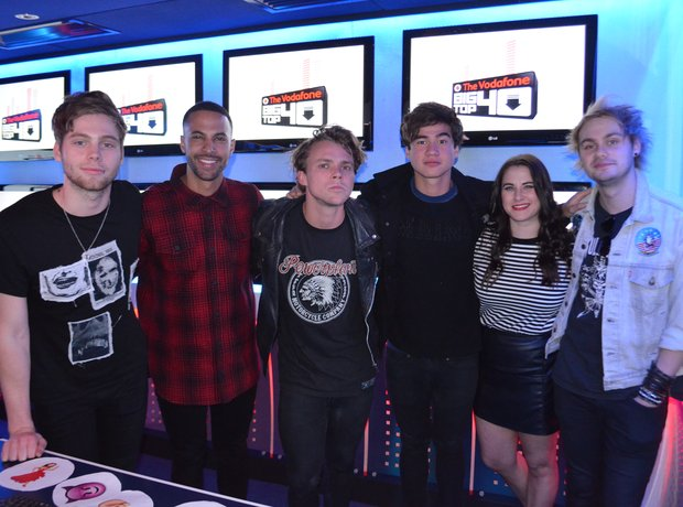 Marvin & Kat With 5 Seconds Of Summer